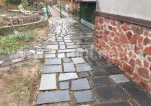 камни на дорожках в саду Киев