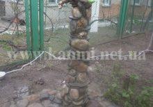камень в ландшафте Киев